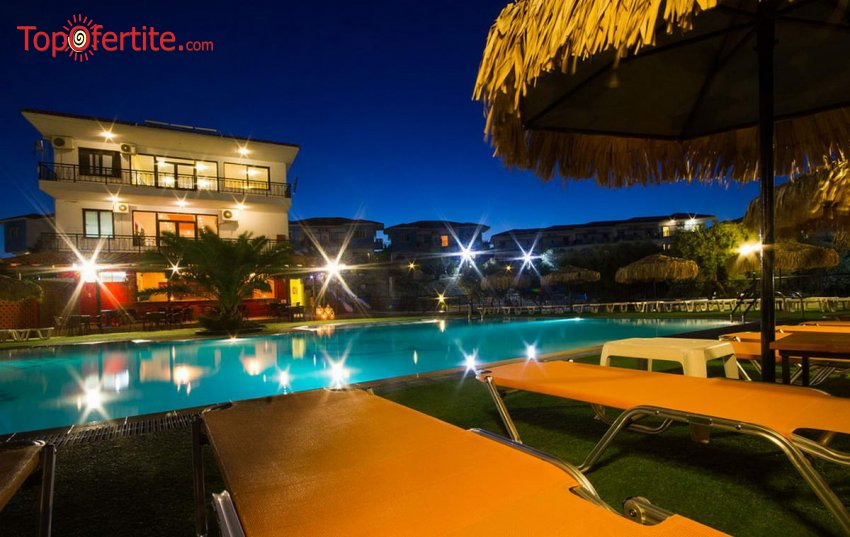 Sonia Village 4*, Геракини, Халкидики - Гърция! 5 нощувки + закуски, вечери и ползване на басейн за 847,70 лв. на човек