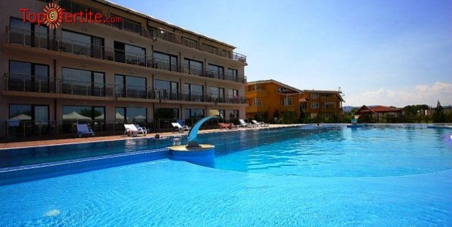 Хотел Созополи Стайл, първа линия къмпинг Златна рибка, Созопол! Нощувка в Апартамент за четирима на база All Inclusive light на цени от 117 лв