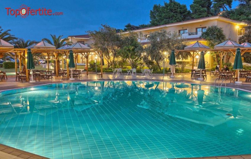 Possidi Holidays Resort and Suites Hotel 5*, Посиди, Халкидики - Гърция за 22-ри септември! 3 нощувки + закуски и вечери и безплатно дете до 11.99г. на цени от 328,60 на човек