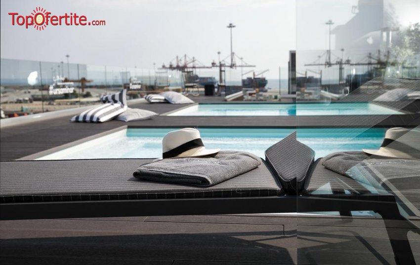 Porto Palace Hotel 5*, Солун, Гърция - за Нова година! 3 нощувки + закуски и вечери и Гала вечеря + безплатно дете от 0-11,99г. на цени от 400.50 лв на човек