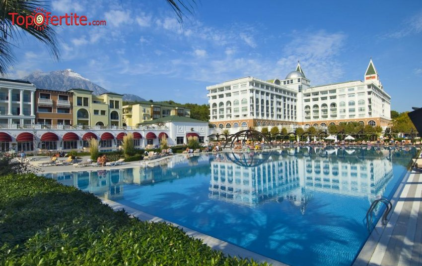 Хотел AMARA DOLCE VITA LUXURY 5 *, Кемер, Турция! 4 или 7 нощувки на база ULTRA All Inclusive + самолет, летищни такси, трансфер на цени от 1088,50 лв на човек