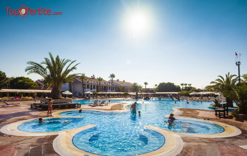 Хотел Club Hotel Turan Prince World 5*, Анталия, Турция, първа линия! 4 нощувки на база All Inclusive + самолет, летищни такси, трансфер и Аква парк само за 889 лв на човек