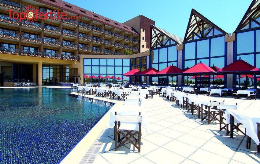 Grand Hotel Ontur 5*, Чешме, Турция през Септември! 7 нощувки на база All Inclusive + басейн и безплатно дете до 13г. на цени от само за 429 лв на човек