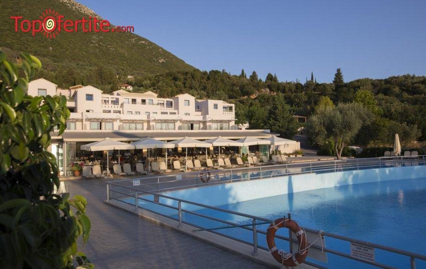 Porto Galini Seaside Resort & Spa 4*, Лефкада, Гърция! Нощувка + закуска и басейн на цени от 74,20 лв на човек