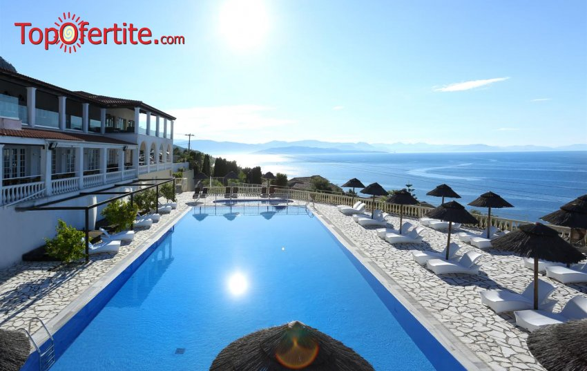 Pantokrator Hotel 3*, Корфу, Гърция! Нощувка + закуска, вечеря, басейн и безплатно за дете до 11,99 г. на цени от 67,30 лв на човек