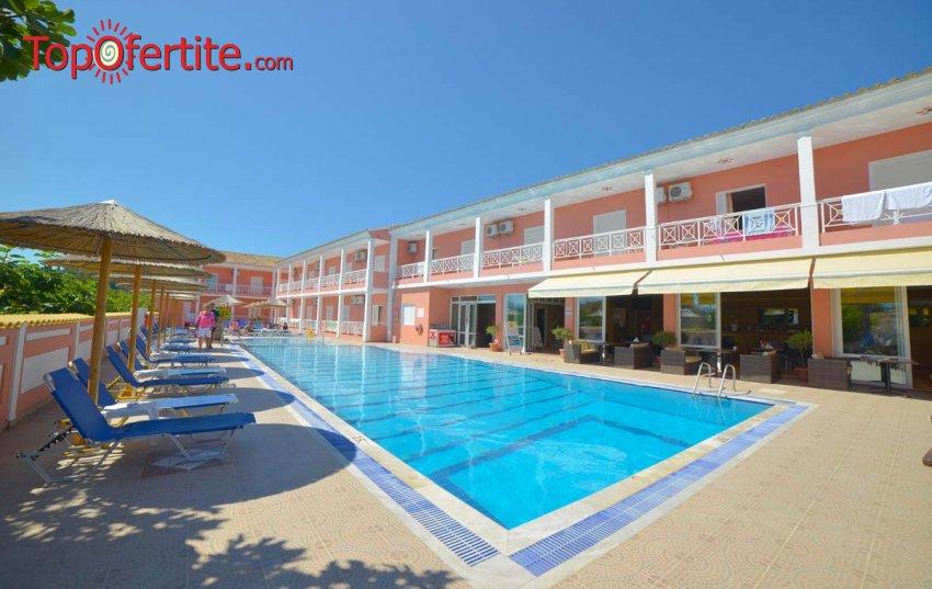 Angelina Hotel 3*, Корфу, Гърция! Нощувка + закуска и басейн на цени от 26,30 лв на човек