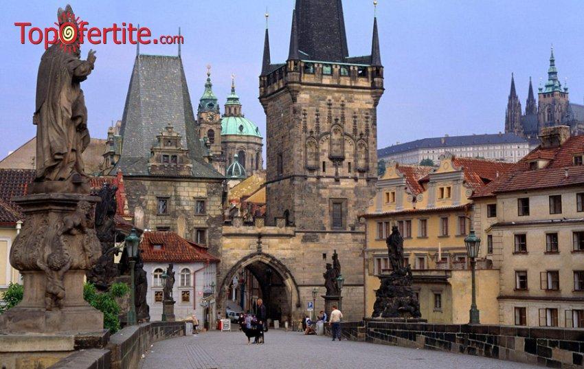 Фестивал на светлината в Златна Прага! 4-дневна оферта до Прага, Будапеща, Кутна Хора и възможност за посещение на Дрезден и Майсен + 3 нощувки със закуски, панорамни обиколки и транспорт само за 209 лв.