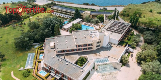 Alexander Beach & Spa Hotel 5*, Александрополис, Гърция за Нова Година! 2 или 3 нощувки + закуски, новогодишна празнична вечеря с бутилка вино за двама + безплатно дете до 10,99г. на цени от 302,70 лв на човек