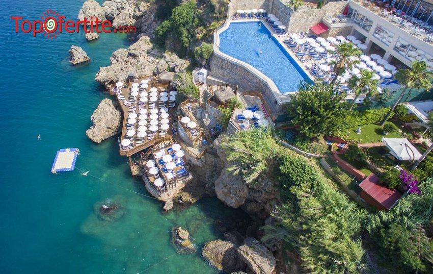 Ramada Plaza 5*, Анталия, Турция за Нова година! 4 нощувки с включена закуска и вечеря + Новогодишна вечеря, СПА център, самолет, летищни такси, трансфер на цени от 744.80 лв на човек