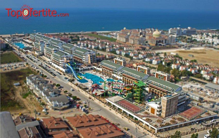 РАННИ ЗАПИСВАНИЯ Crystal Waterworld Resort & Spa 5*, Белек, Турция! 3 или 5 нощувки на база Ultra All Inclusive + самолет, летищни такси и трансфер на цени от 632.50 лв на човек