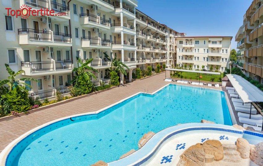РАННИ ЗАПИСВАНИЯ Club Hotel Belpinar 4*, Кемер, Турция, първа линия! 2 или 4 нощувки на база Ultra All Inclusive + самолет, летищни такси, трансфер на цени от 484.50 лв на човек