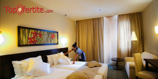 Великден в Хотел РИУ Правец Голф & СПА Ризорт 4* ! 2 или 3 нощувки + закуски, вечери, Голф пакет, Боулинг игра, басейн и Уелнес пакет на цени от 212 лв. на човек