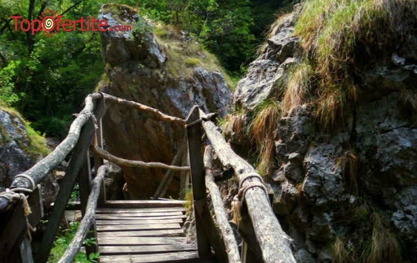 """Last Minute! 1-дневна екскурзия до скален манастир Света Петка и Екопътека """"Ждрелото на река Ерма"""" + професионален планински водач и транспорт за 45 лв."""
