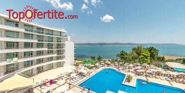 На море в Хотел Феста Панорама 4*, Несебър Първа линия! Нощувка на база All inclusive + вътрешен и външен басейн, джакузи, шезлонзи и чадъри на цени от 85 лв на човек