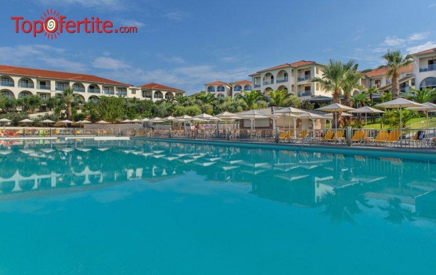 Akrathos Beach Hotel 4*, Атон, Халкидики - Гърция, първа линия! Нощувка на база All Inclusive, ползване на басейн и безплатно за дете до 13 г. на цени от 120 лв. на човек