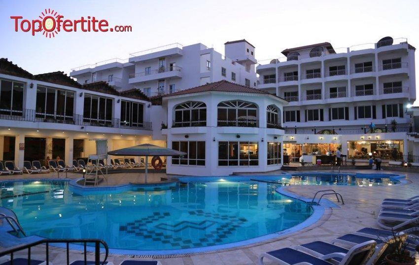 Почивка в Египет със самолет! 7 нощувки на база 24 hours All Inclusive в хотел Minamark Resort & SPA 4*, самолетни билети, летищни такси и трансфер за 816.50 лв на човек