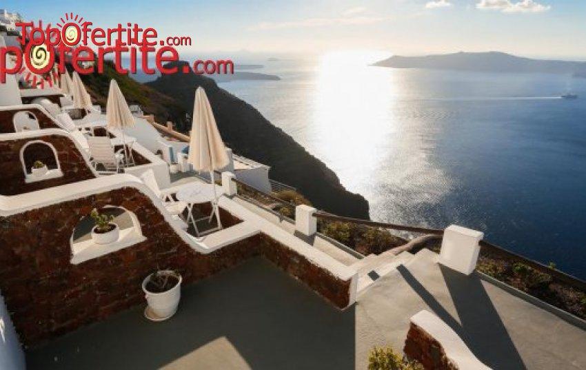 Майски празници на остров Санторини! 3 нощувки + самолетен билет, летищни такси и трансфер на цени от 569 лв на човек