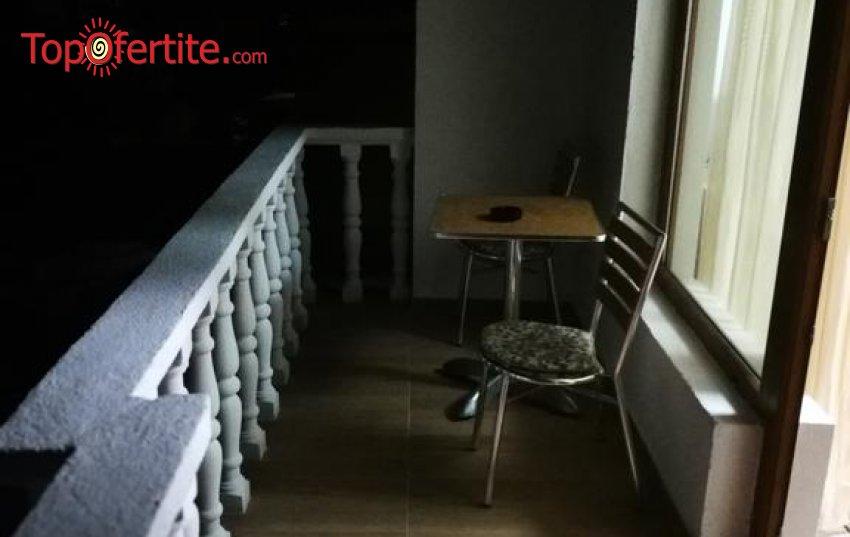 Релакс в Къща за гости Байракови, Добринище! Нощувка в двойна стая за 18 лв на човек