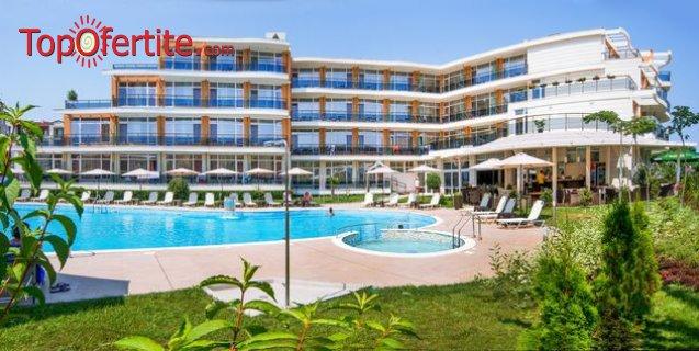На море в Хотел Мирамар 4* къмпинг Каваци първа линия, Созопол! Нощувка + закуска, вечеря, басейн и шезлонг на цени от 62, 50 лв. на човек