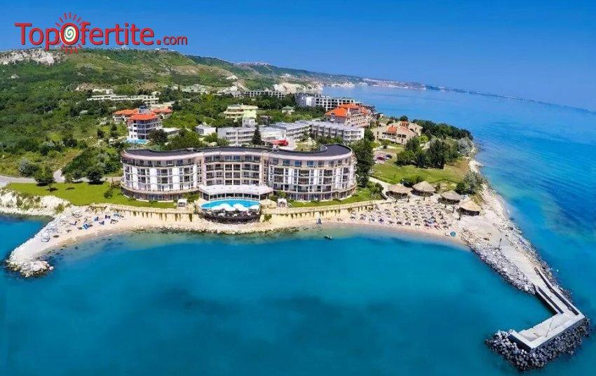 На море в Хотел Роял Бей 4*, Елените! Нощувка на база Аll inclusive + басейн, шезлонг и чадър на цени от 68,50 лв на човек