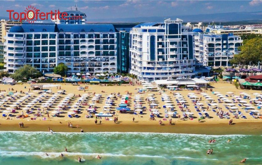 На море в Хотел Чайка Бийч Ризорт 3*, Слънчев бряг - Първа линия! Нощувка на база Аll inclusive + 2 външни басейна, шезлонг и чадър около басейна на цени от 50,95 лв. на човек